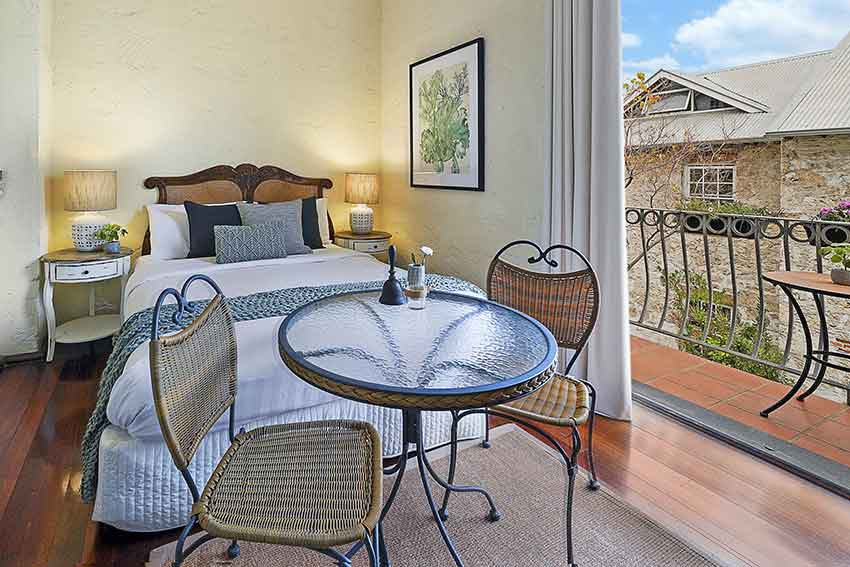 Batavia Double Room Fremantle Getaway